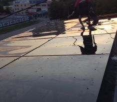 Закрепление листов поликарбоната на крыше