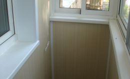 Остекление балкона с отделкой