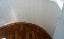 Внутренняя отделка арочного балкона