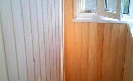 Отделка деревянной вагонкой балкона