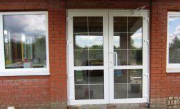Установка пластиковых окон и дверей в доме