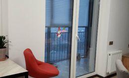 Установка пластиковой двери на балкон