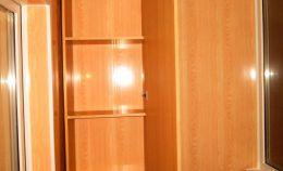 Шкаф на теплой лоджии под хранение