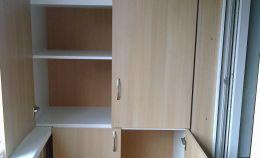 Шкаф из ДСП для хранения на балконе