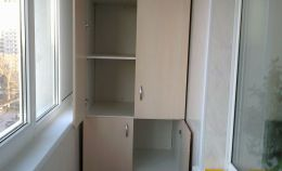 Напольный шкаф с полками для лоджии